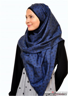 Easy to wear cotton silky shawls in beautiful colors